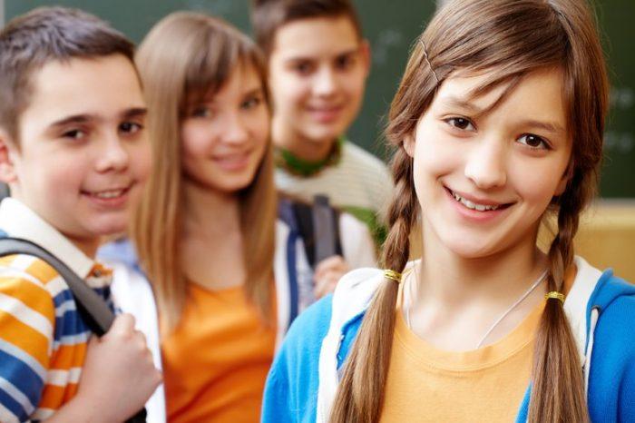 UNA ESCUELA PARA LOS ADOLESCENTES